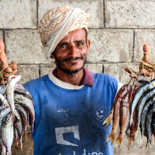 في اليمن، وقف إطلاق النار في الحديدة معلّقٌ بخيطٍ رفيع