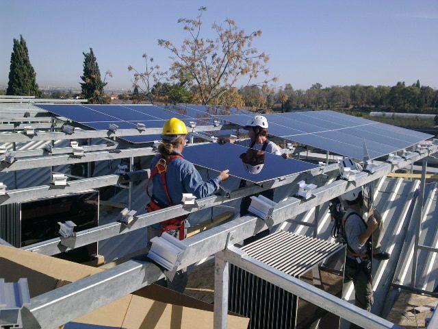 solar power in israel insralling solar panels
