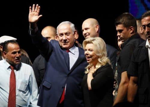 مع ازدياد التهم بالفساد، هل سينجو رئيس الوزراء الاسرائيلي؟