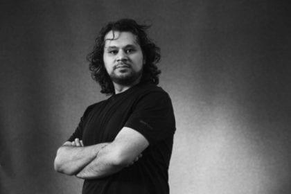 الشاعر الفلسطيني تميم البرغوثي: شاعر الشعب
