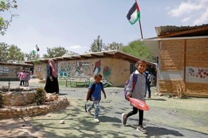 خان الأحمر يُشعل مجدداً الصراع الدولي حول المستوطنات الإسرائيلية غير القانونية