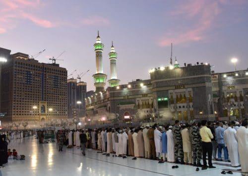 الكتّاب يخالفون قوانين  الردة في السعودية