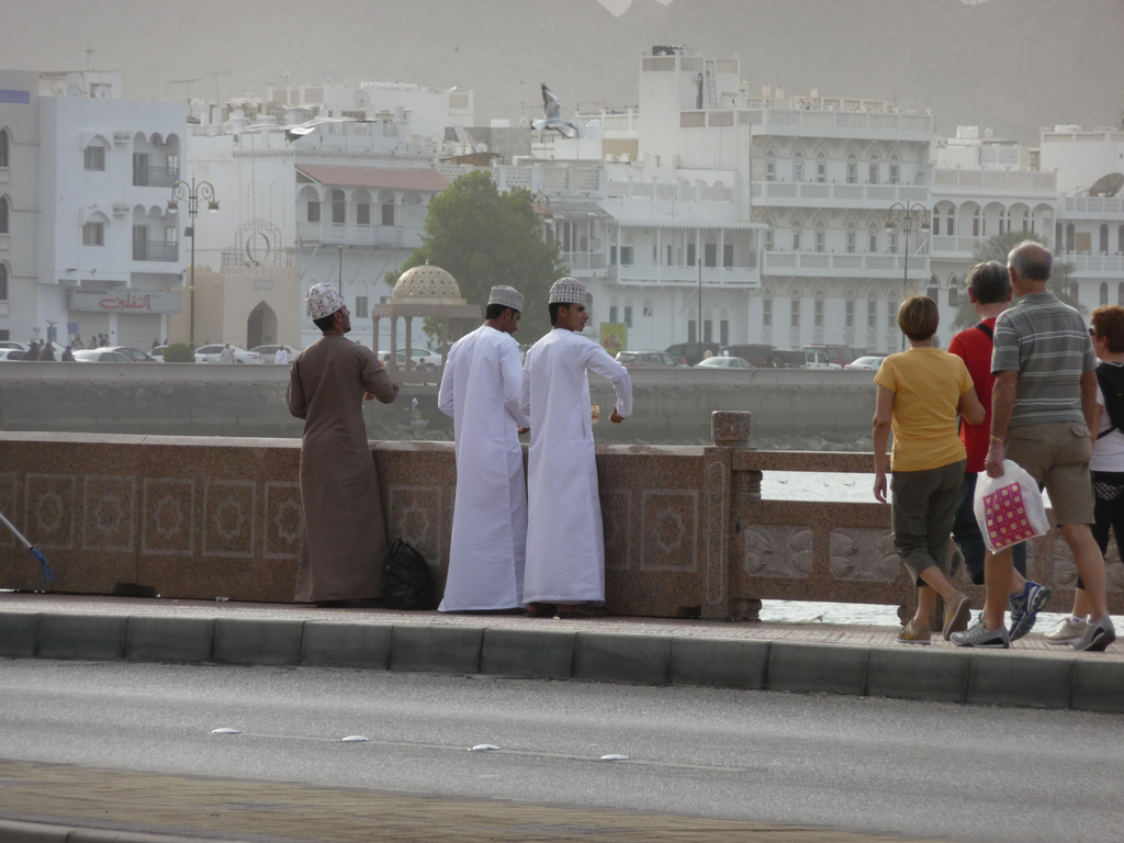 Economy Oman - Muttrah Tourists