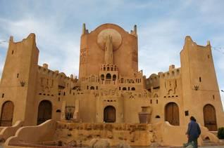 الجزائرالسكان - فن عمارة نموذجية في المزاب