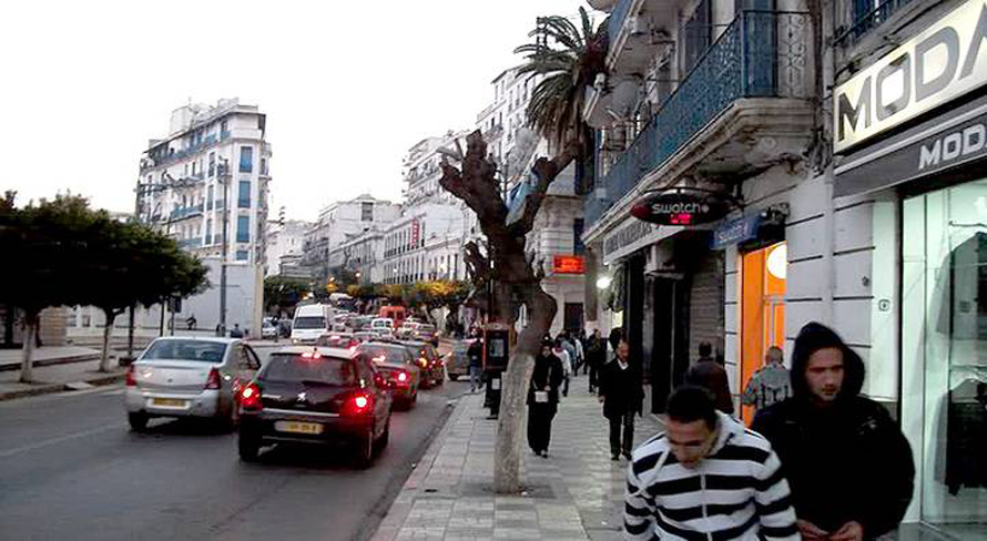 الجزائر العاصمة السكان المجتمع