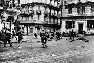 Riots in Algiers / Photo HH