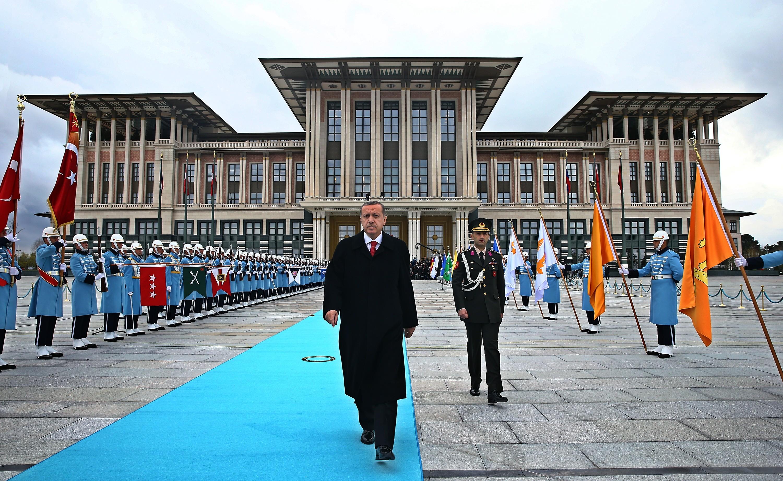 Turkish President Erdogan welcomes his Russian counterpart Putin