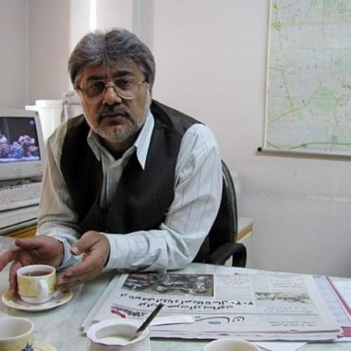 على الرغم من مرضه، يواصل الصحفي الإيراني عيس سهرخيز انتقاد النظام الإيراني من وراء القضبان