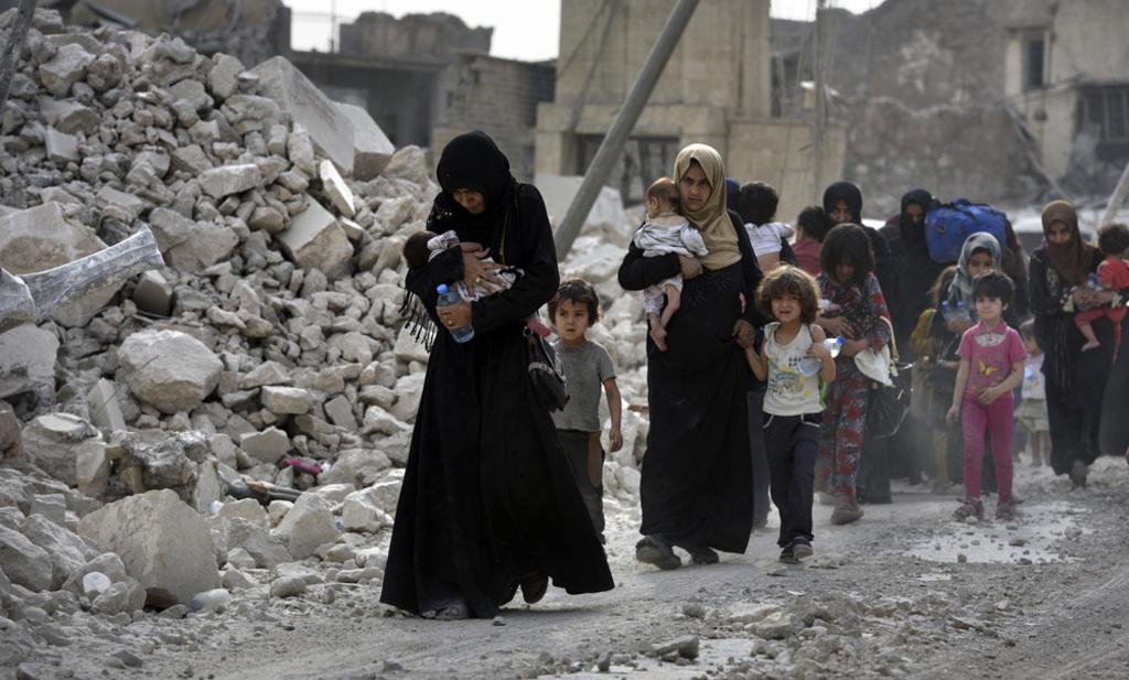 Iraq- Ciivilians in Mosul