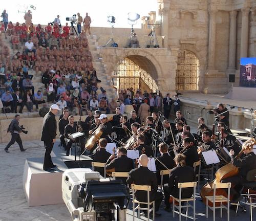 مدينة تدمر الأثرية في سوريا، لا تزال ساحة قتال