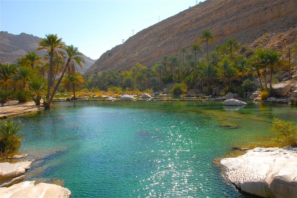 oman-geography-wadi-bani-kalid-fanack-flickr