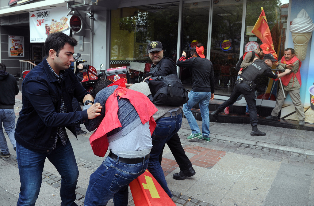 human rights in turkey istanbul protest