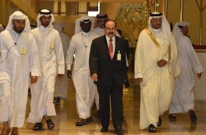 انخفاض أسعار النفط في الخليج: نعمة مُقنّعة؟