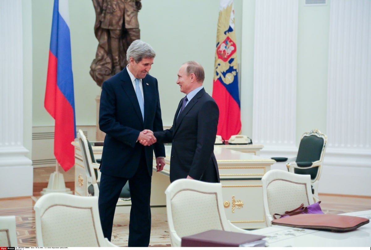 John Kerry and Putin meet in Moscow
